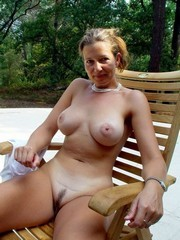 Busty grannies and matures nude picture..